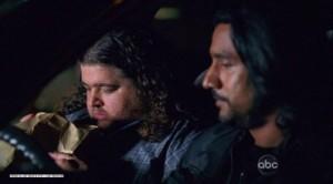 Sayid og Hurley fá sér hammara